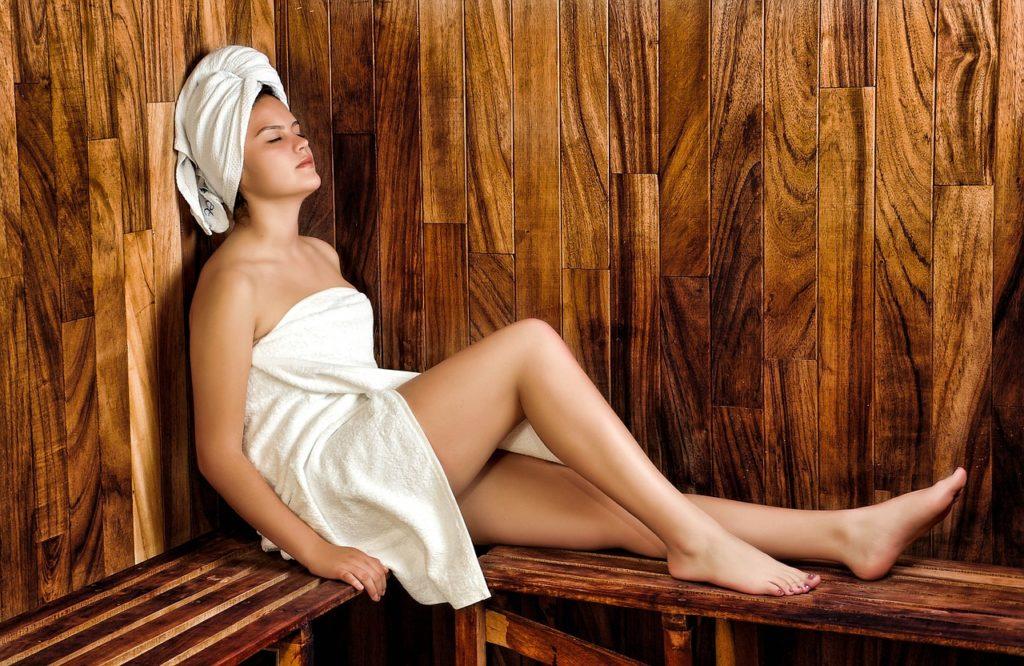 tekstylia do sauny hotelowej